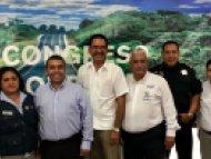 BOLETÍN DE PRENSA/ B-12712 Cuernavaca, Morelos, 24 de noviembre de 2017   LLAMA LA SMyT A CONCESIONARIOS A TRABAJAR COMO ALIADOS EN BENEFICIO DE LA MOVILIDAD   ·        Los transportistas deben cumplir con las obligaciones establecidas en la Ley    David Martínez Martínez, titular de la Secretaría de Movilidad y Transporte (SMyT), hizo un llamado a los transportistas a trabajar de la mano para prestar un servicio de excelencia garantizando el derecho humano a la movilidad.   Este día, al participar en el pr