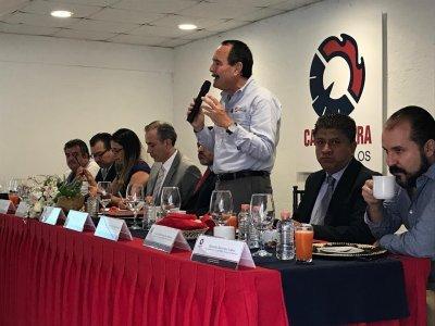 """<a href=""""/noticias/morebus-transformara-la-vida-de-las-personas-que-viven-en-morelos"""">Morebús transformará la vida de las personas que viven en Morelos</a>"""