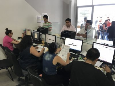 Reitera SMyT llamado a permisionarios de taxis metropilitanos a actualizar su expediente